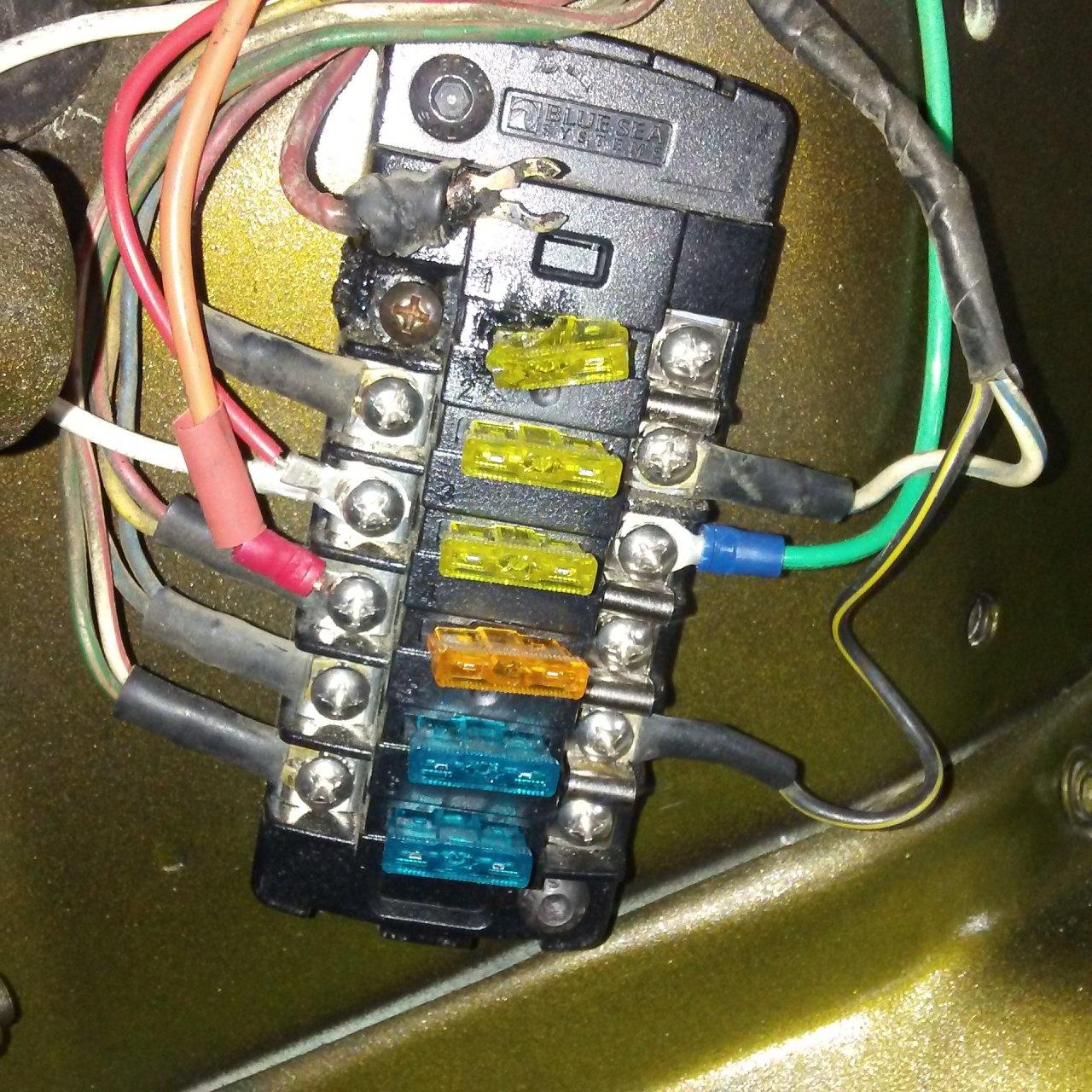 Galaxy Fuse Box Melted : Lights circuit fuse block meltdown ih mud forum