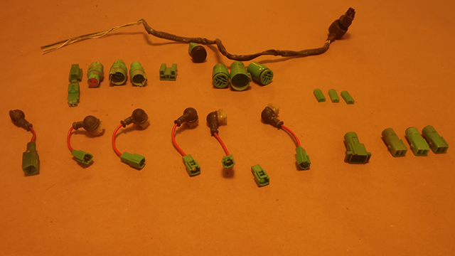Green-Connectors-2.jpg