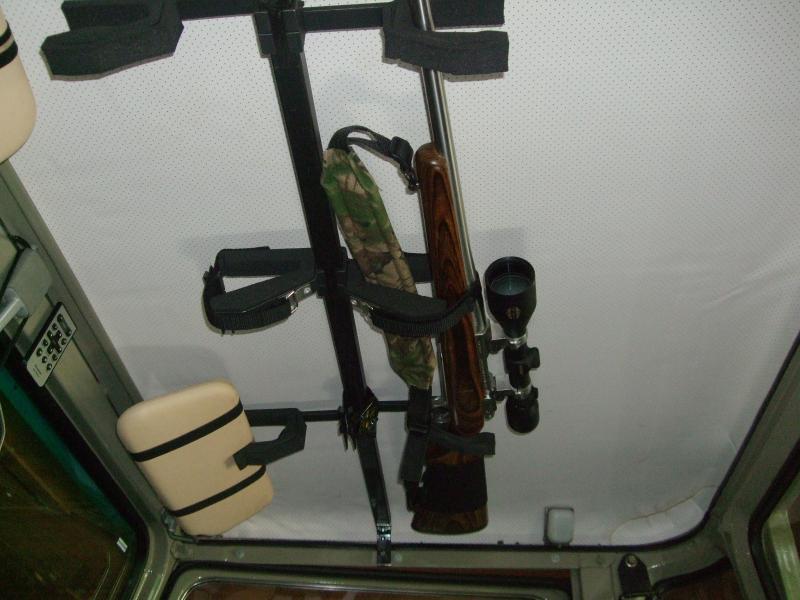 gun rack 001.jpg