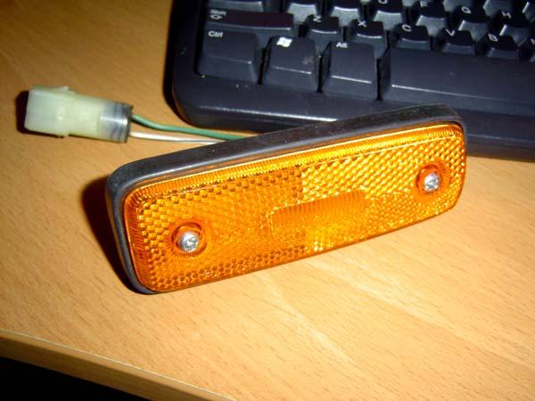 HJ60 marker lights.jpg
