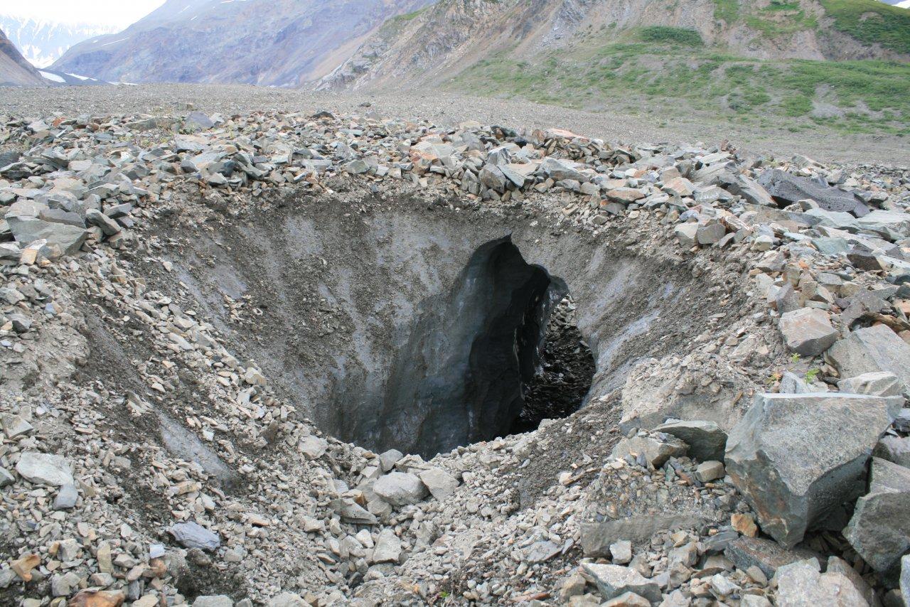 ice tunnel.jpg