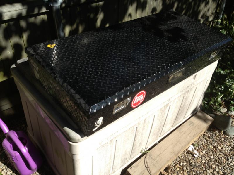 For Sale Roof rack storage box IH8MUD Forum