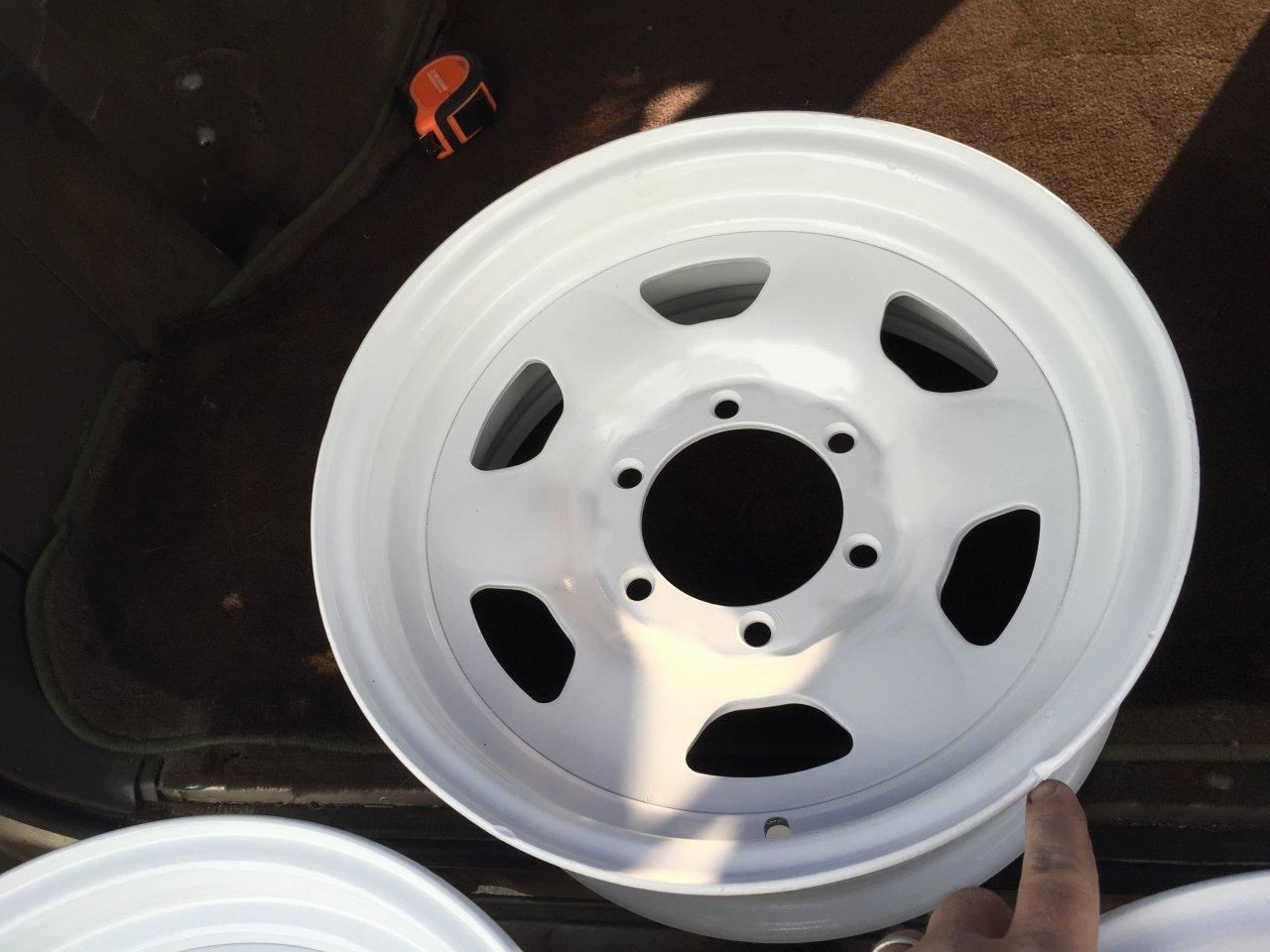 "Fj60 For Sale >> For Sale - 5x powder coated 81+ fj40 fj60 15"" oem wheels ..."