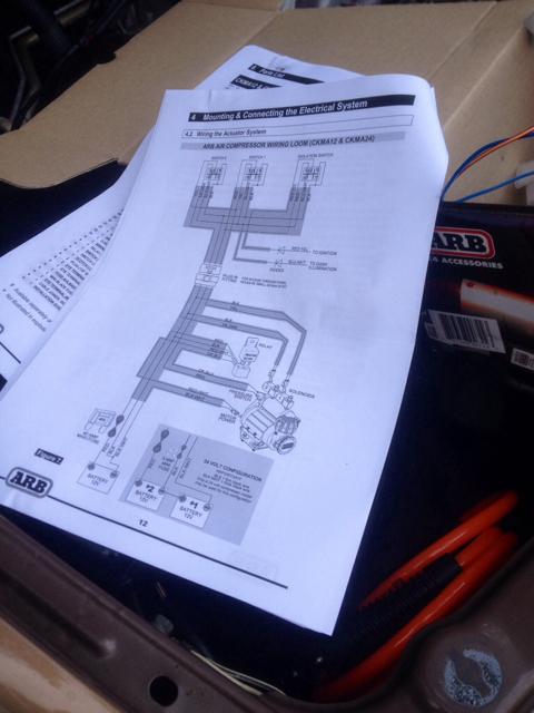 on 80 series locker switch wiring ih8mud forum arb ckmta12 wiring diagram at aneh.co