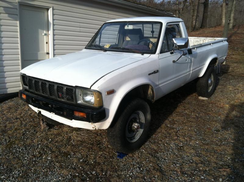 4X4 Trucks For Sale In Va >> For Sale - 1982 Toyota Hilux 4WD .... Staunton, VA ...