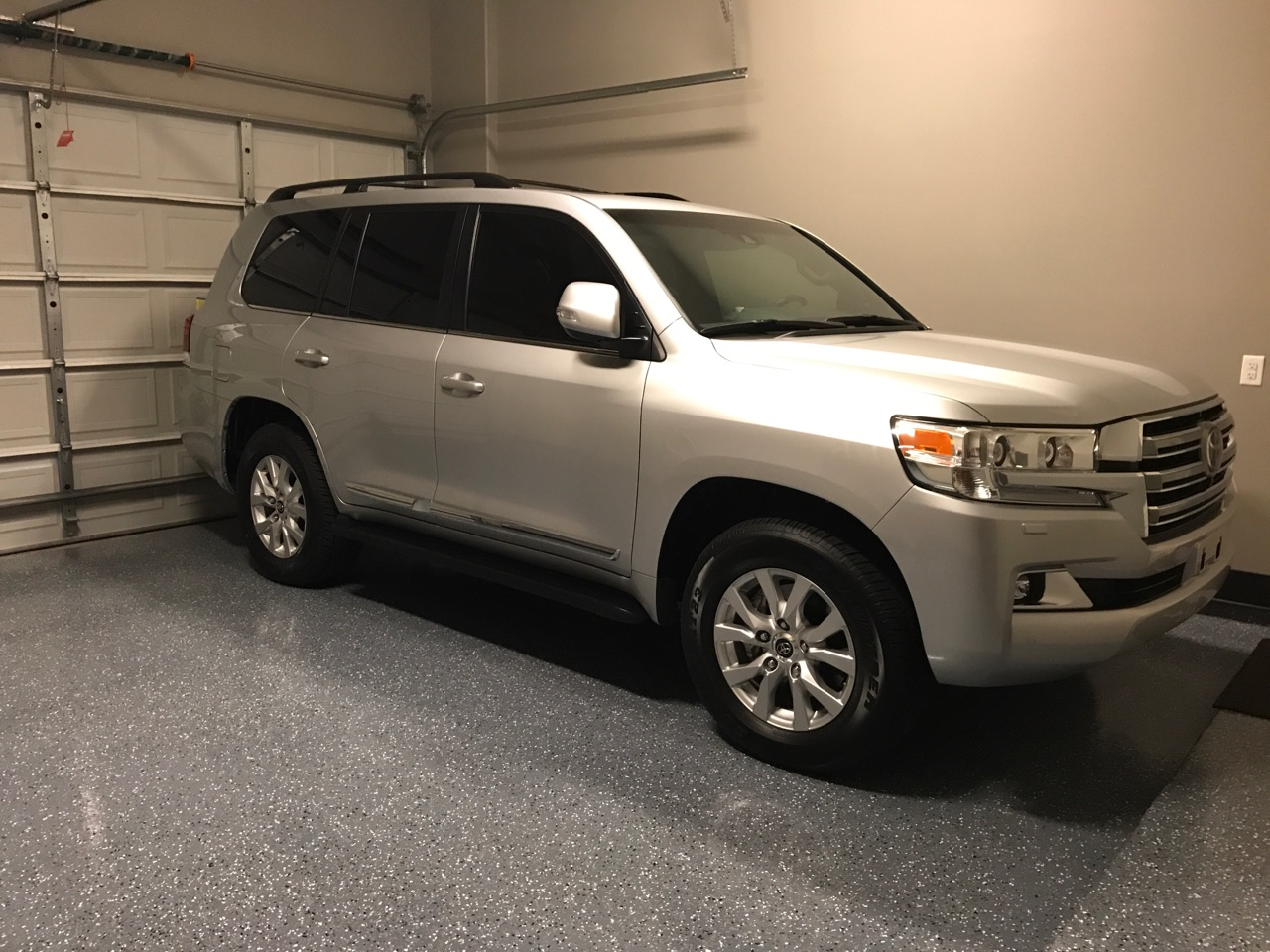 Pics Of The New 2017 Toyota Landcruiser Lc200 Build