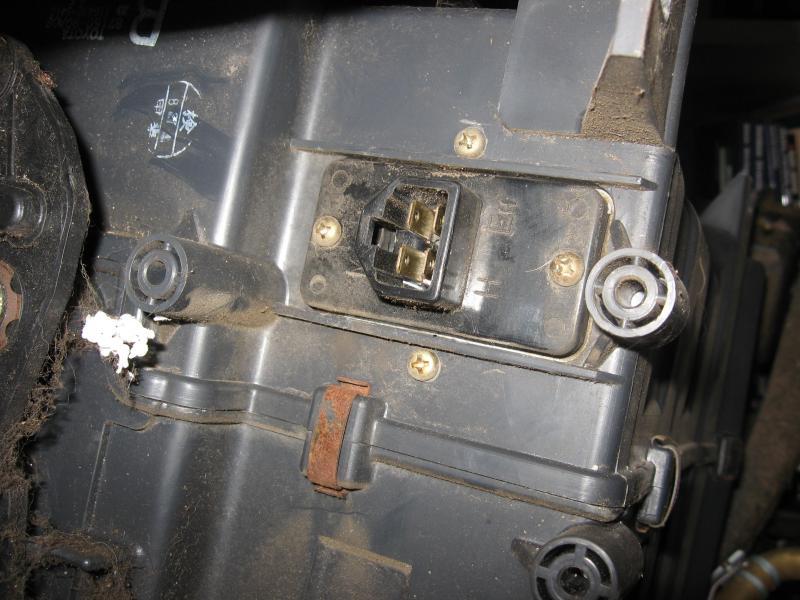 Blower Motor Resistor Location Replacement Ih8mud Forum