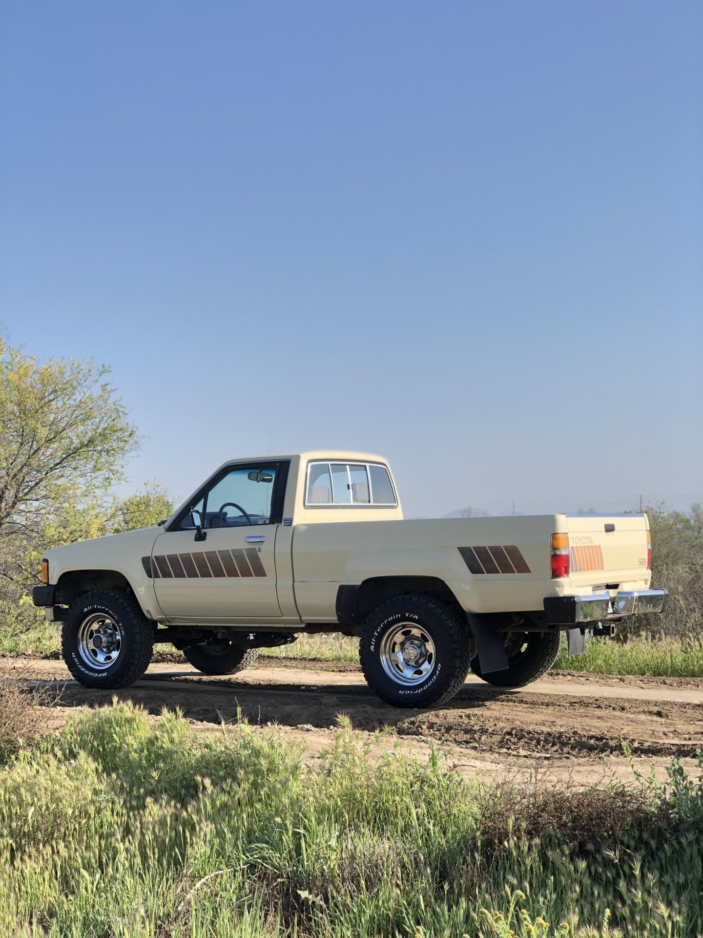 For Sale Socal Toyota 1985 22re Sr5 4x4 Pick Up Ih8mud Forum