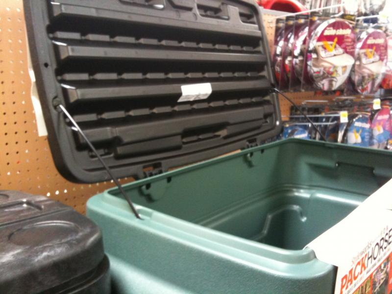 rubbermaid action packer cargo box 1