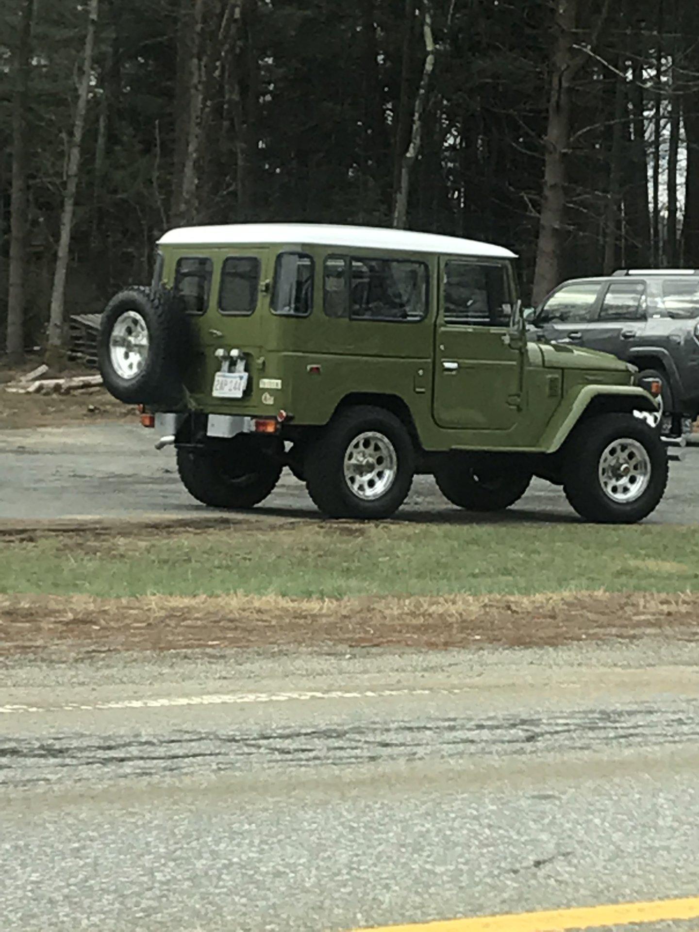 1954960