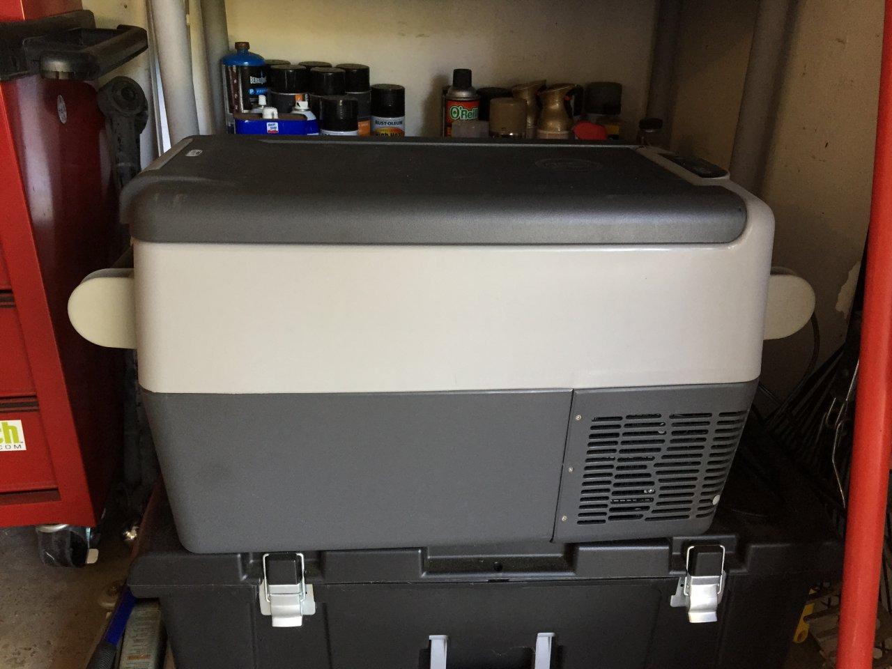 for sale indel b 30 qt fridge like new houston ih8mud forum. Black Bedroom Furniture Sets. Home Design Ideas