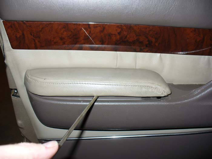 Leather Instal arm and Headrest 011.JPG