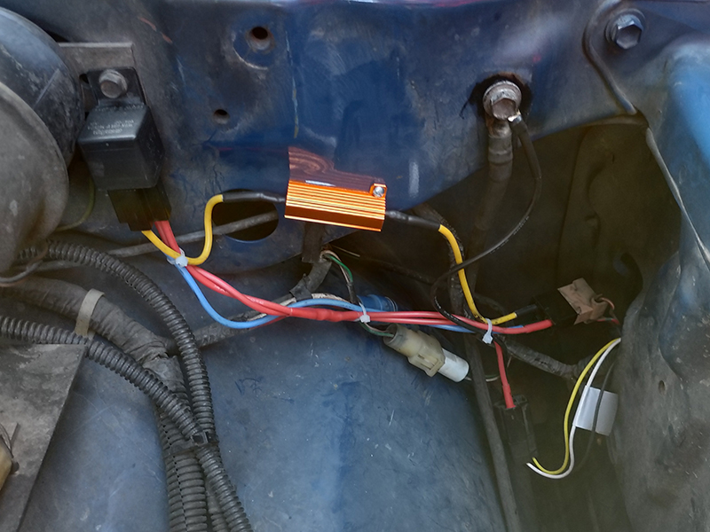 LED Headlight Wiring 04 - Right Side Low Installed.jpg