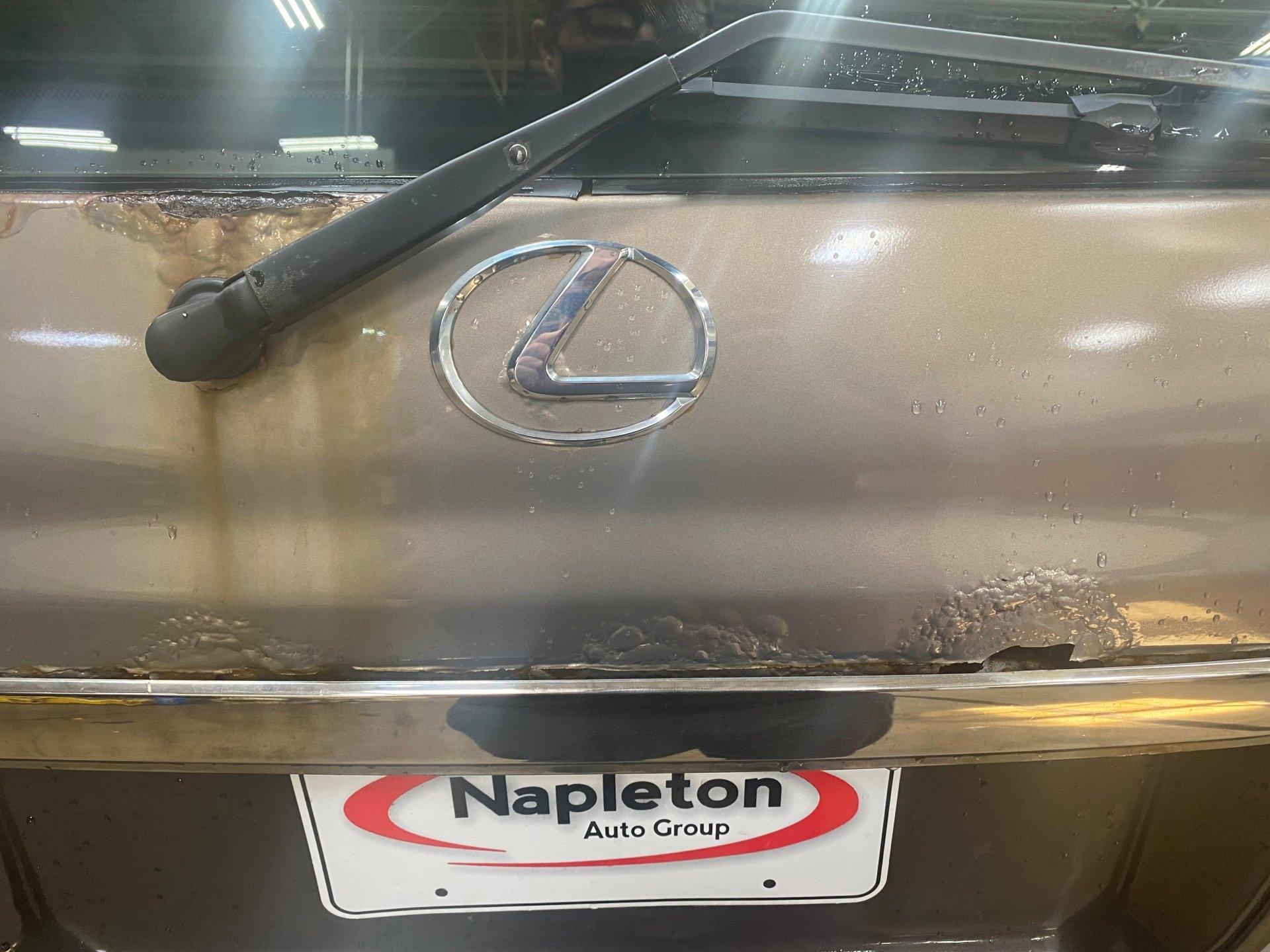 Lexus 1.jpg