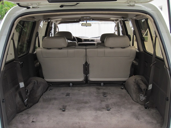 lexus cleaned interior.jpg