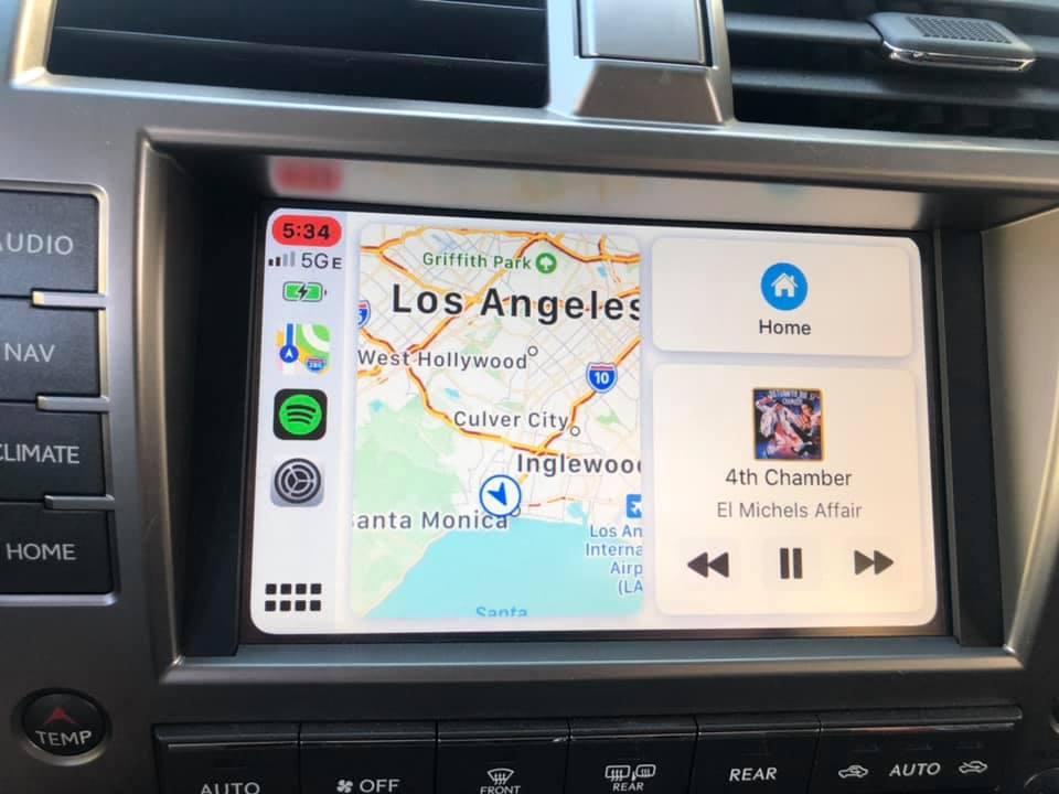 lexus GX OEM Carplay 2.jpg