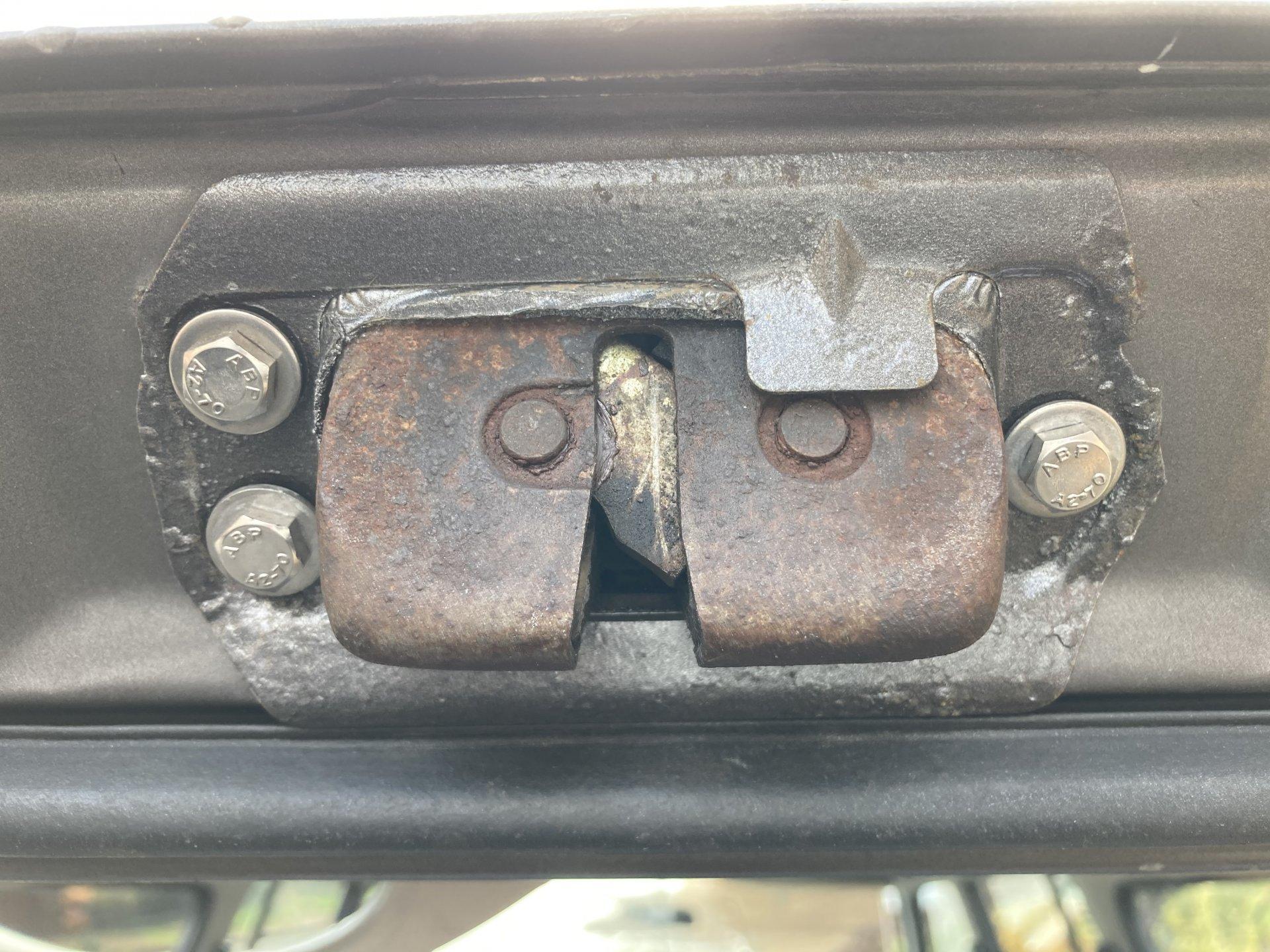 lock bracket copy.jpg
