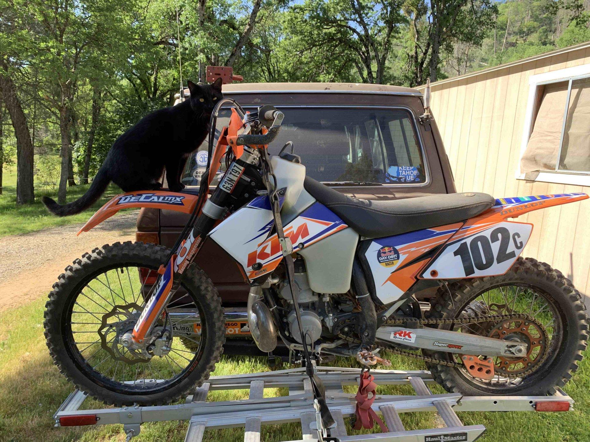 Motorcycle carrier.jpg