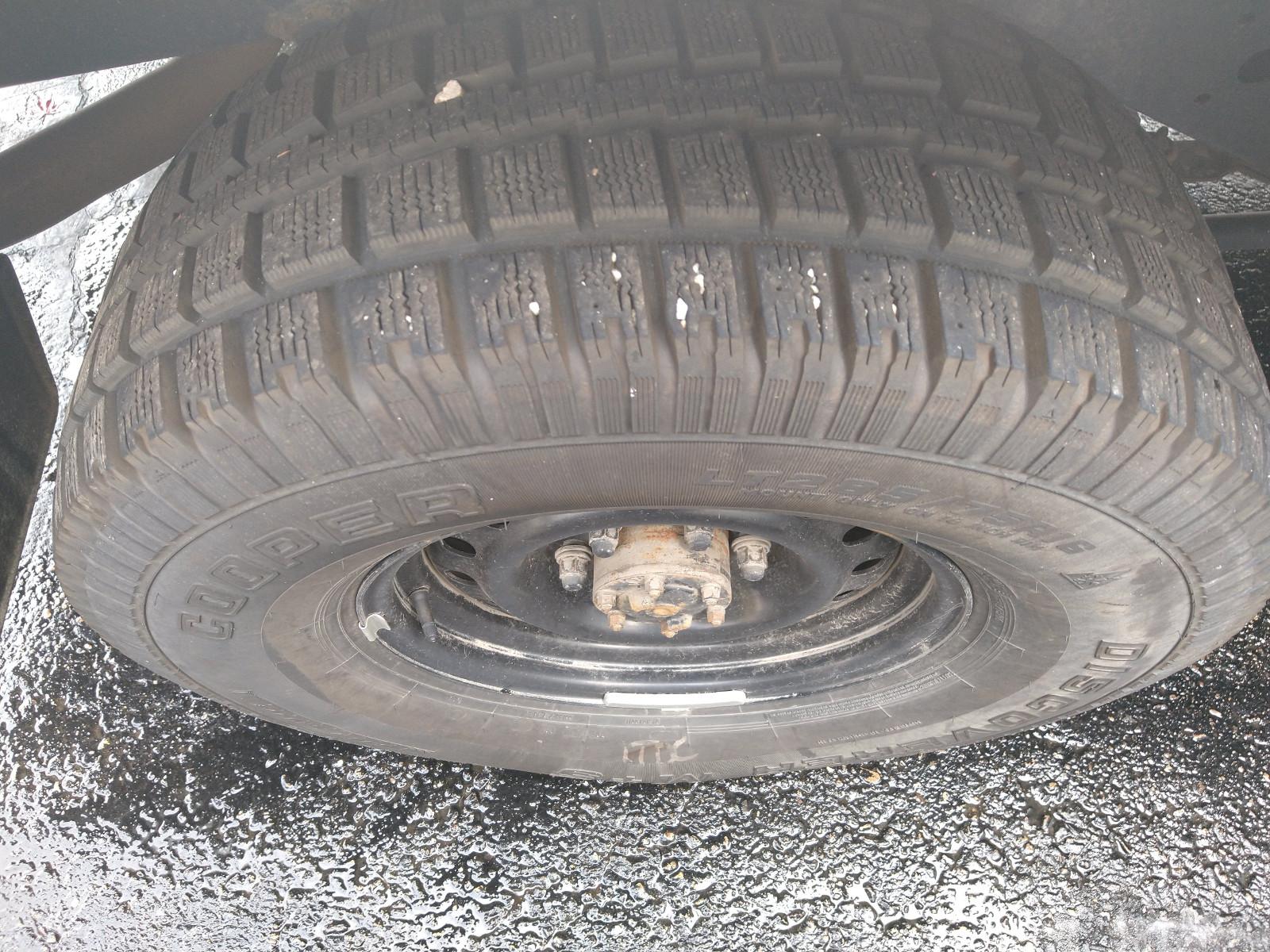 mounted_snow_tire.jpg