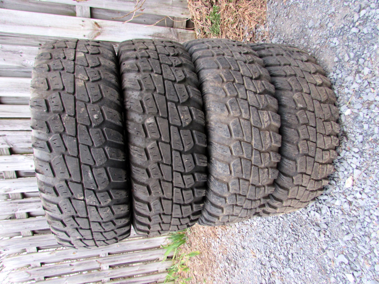 Mud Tires 003 of 10.png