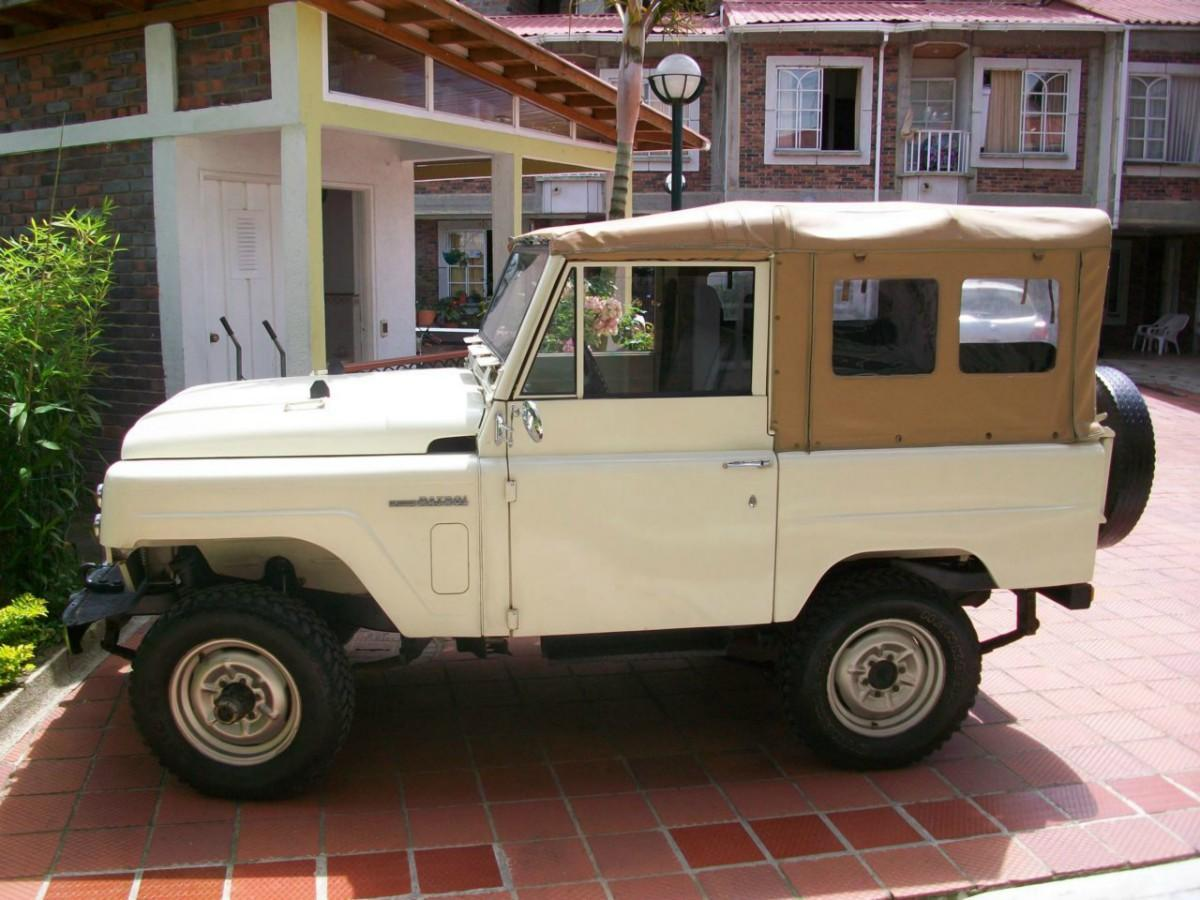 for sale colombian spec lhd nissan patrols from 19 000. Black Bedroom Furniture Sets. Home Design Ideas