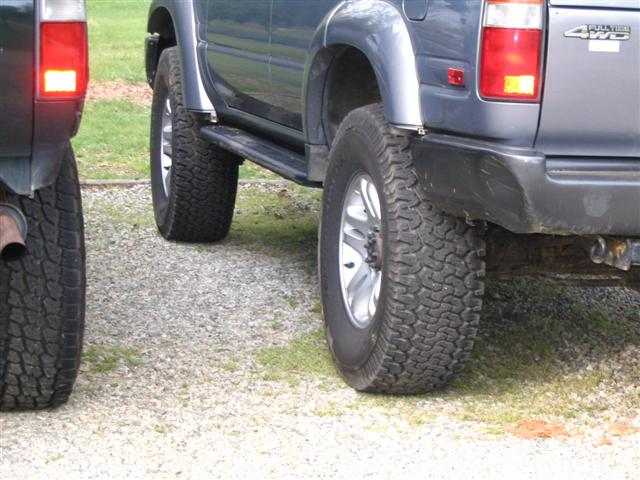 "Nitto Terra Grapplers 295/75R16 with OME 2.5"" ... pics ..."