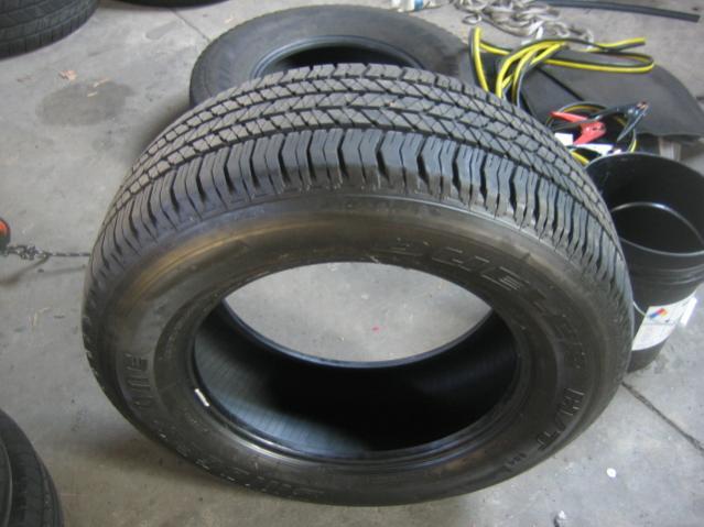 old tires 22-26-11 026.jpg
