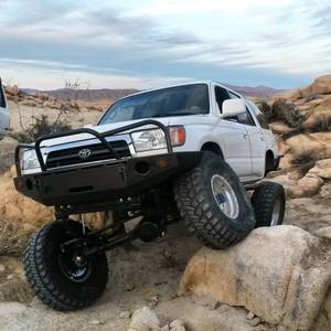 For Sale - 98 4Runner SAS locked, lifted, armored SoCal