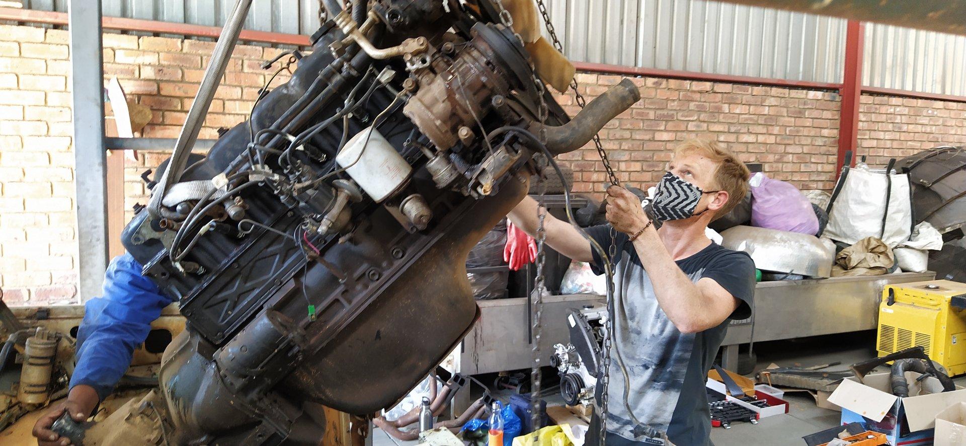 Pulling the Engine (03).jpg