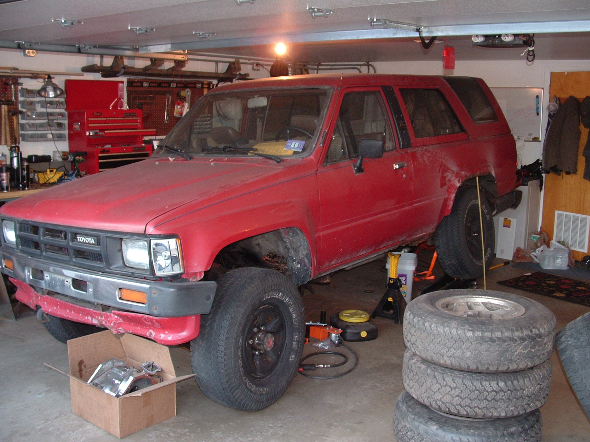 rear flex in garage.jpg