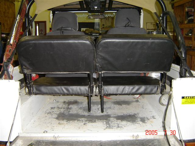 Rear Jump Seats 002.jpg
