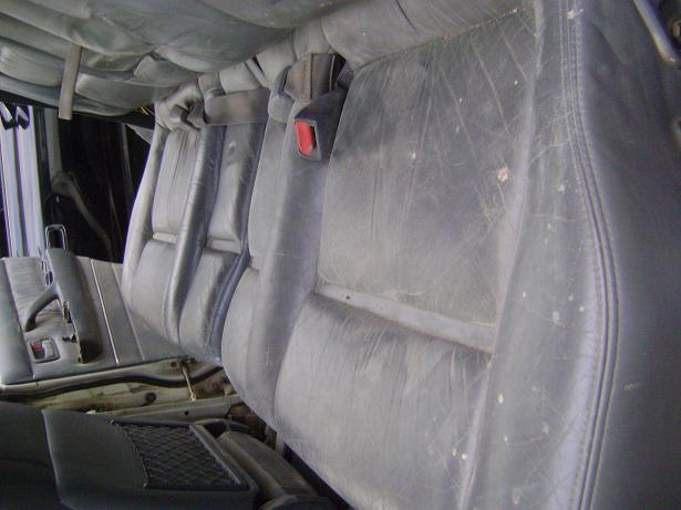 rear seat c.JPG