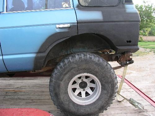rearwheelwellsmall.JPG