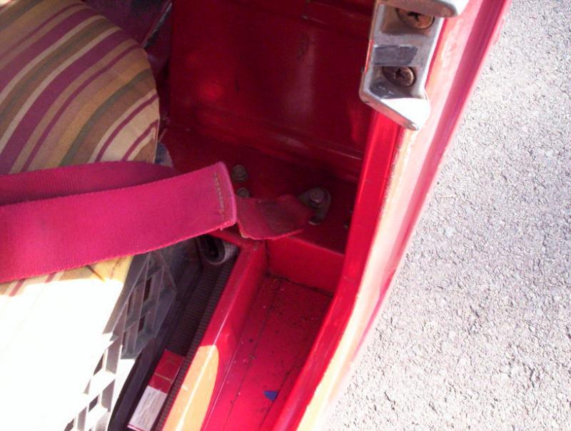 Red Seat Belts 001.jpg