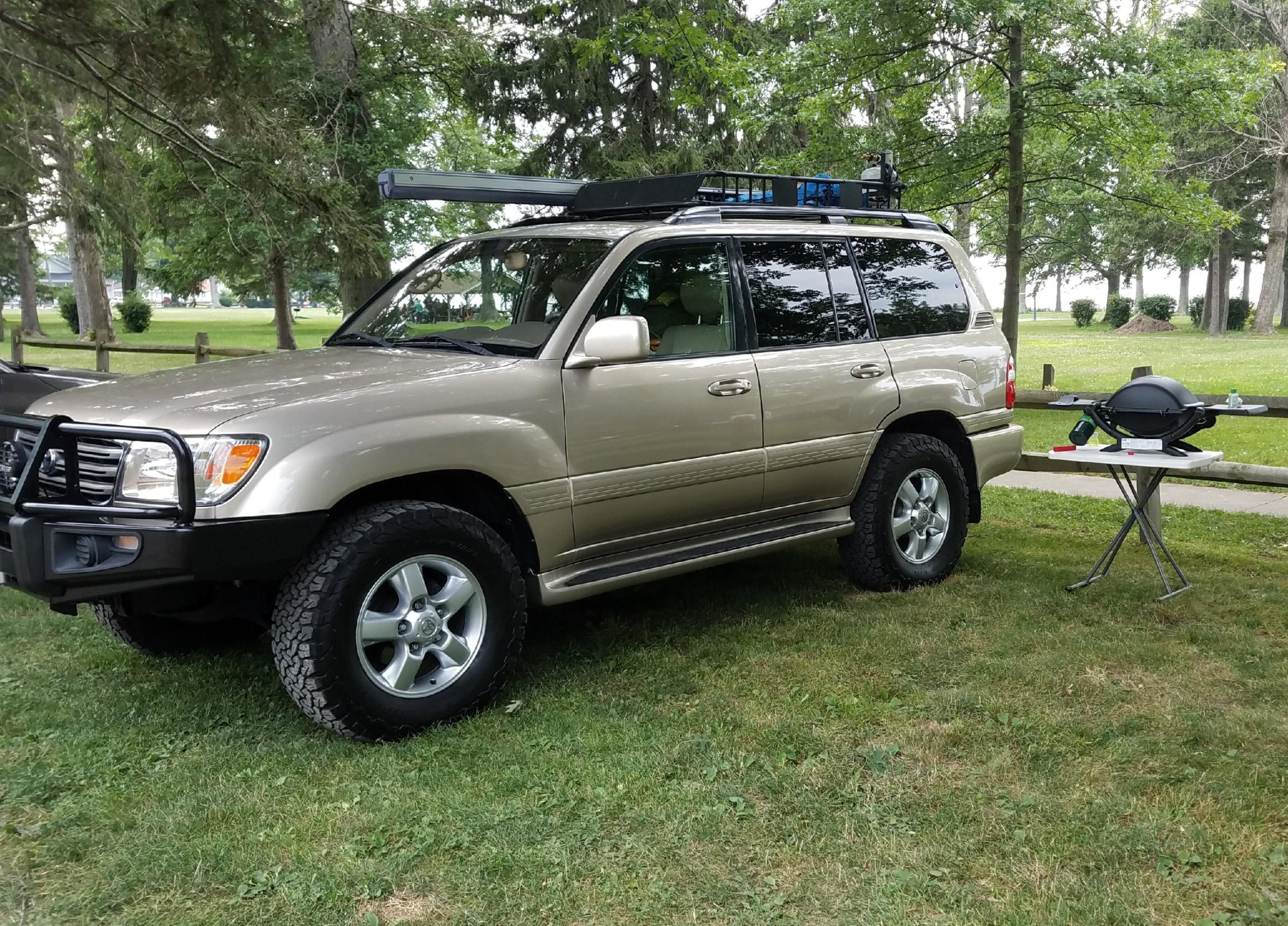 For Sale - 2005 Toyota land cruiser from vegas, florida rust free