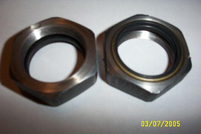 RRFF Axle Nut&Seal.jpg