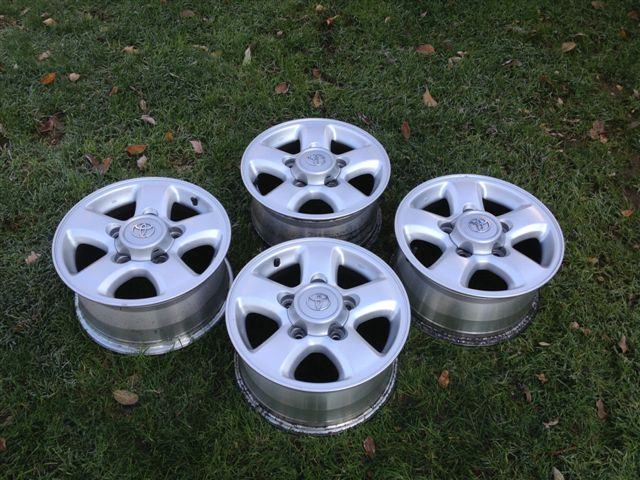 For Sale - 4- 16 inch Toyota Land Cruiser OEM Alloy Wheels ...