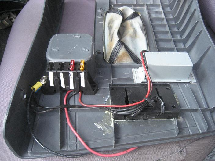 where did you mount your aux fuse box ih8mud forum. Black Bedroom Furniture Sets. Home Design Ideas