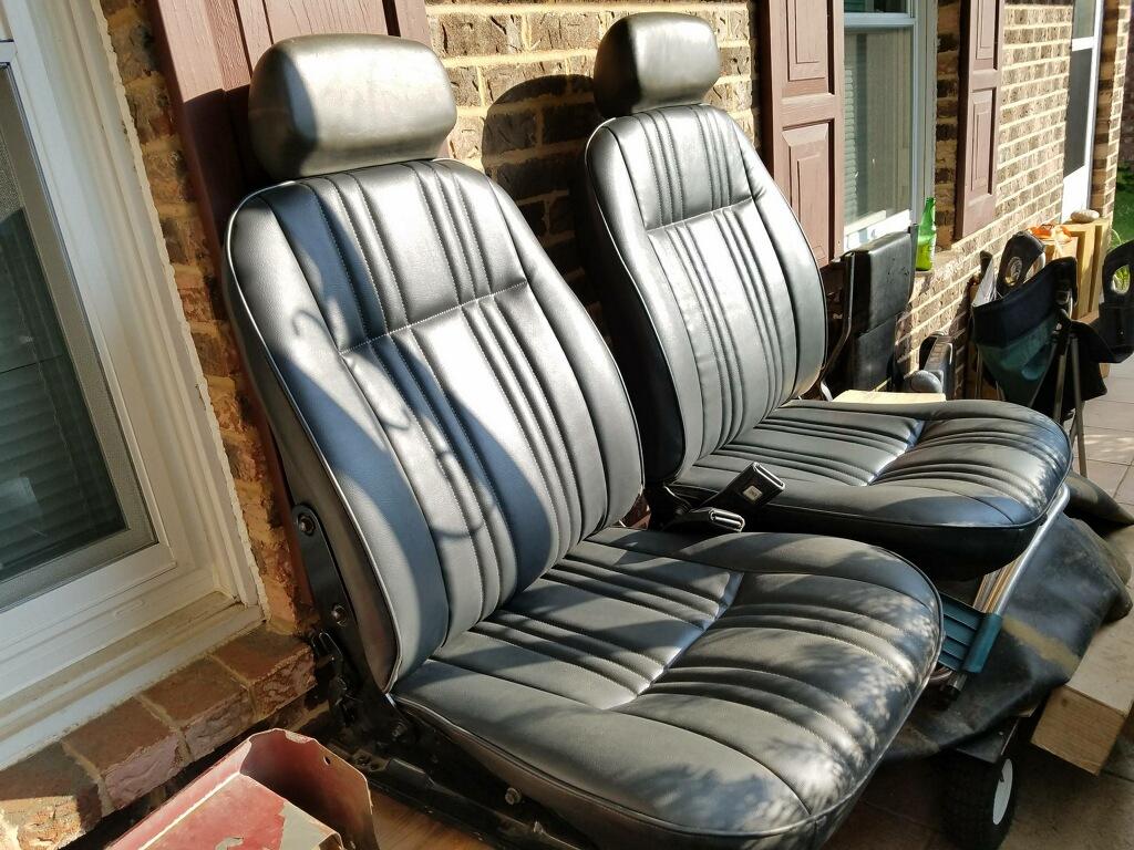Stumpo seats.jpg