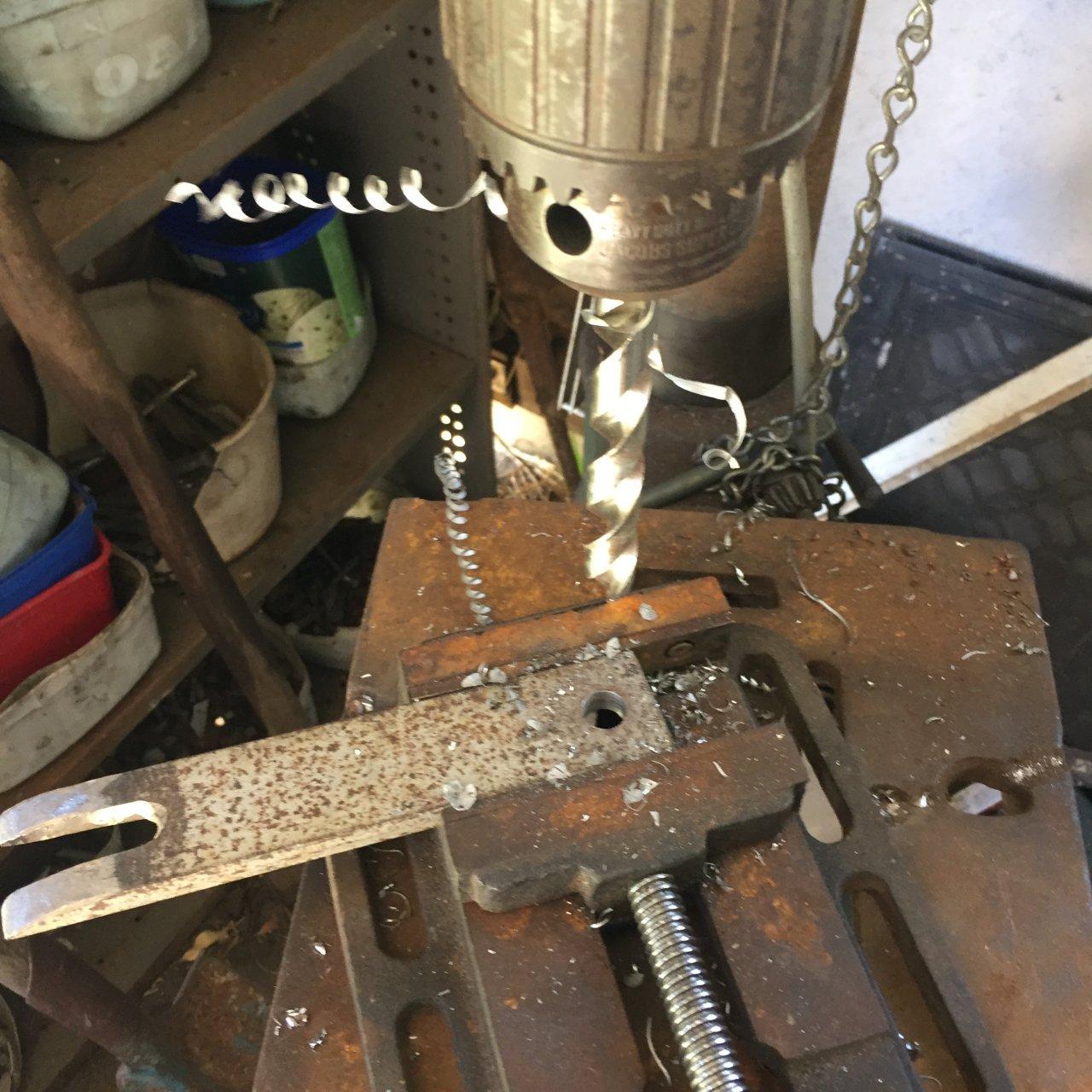 tie rod wedge 002.JPG
