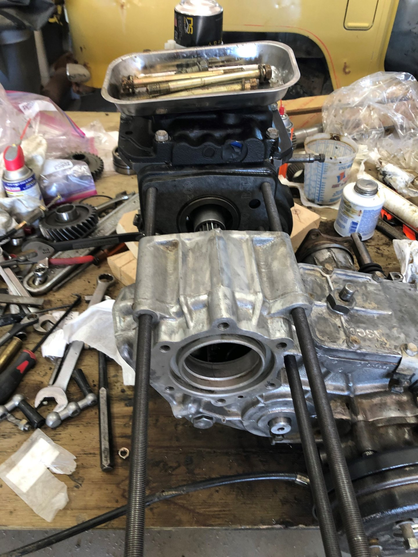 TRANSMISSION AND TRANSFER CASE LINED UP WITH  ALL THREAD.jpg