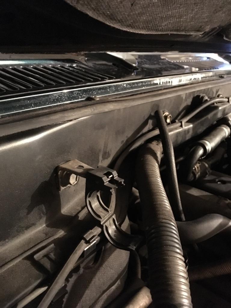 engine harness clip P/N   IH40MUD Forum