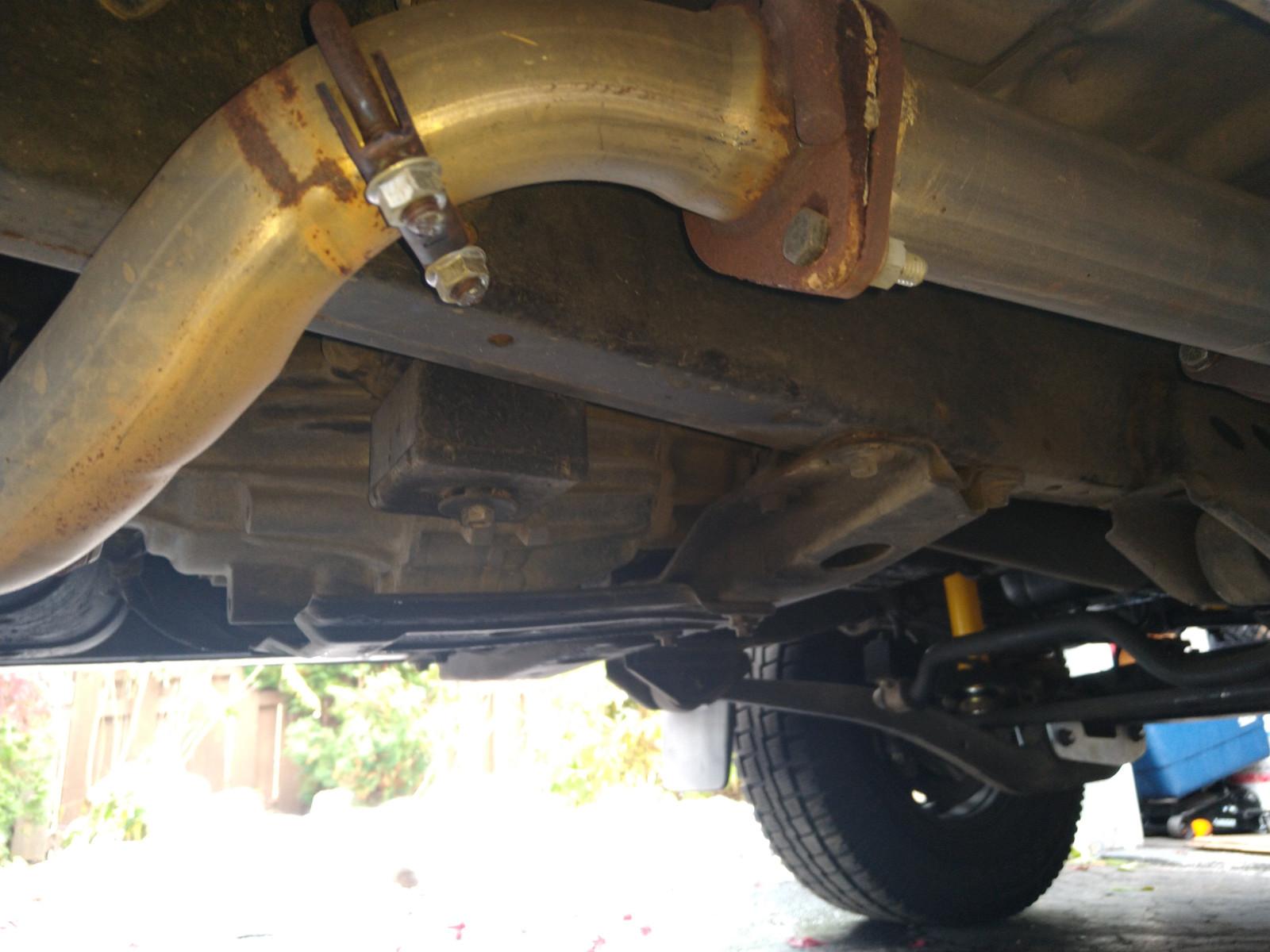 underside_exhaust.jpg