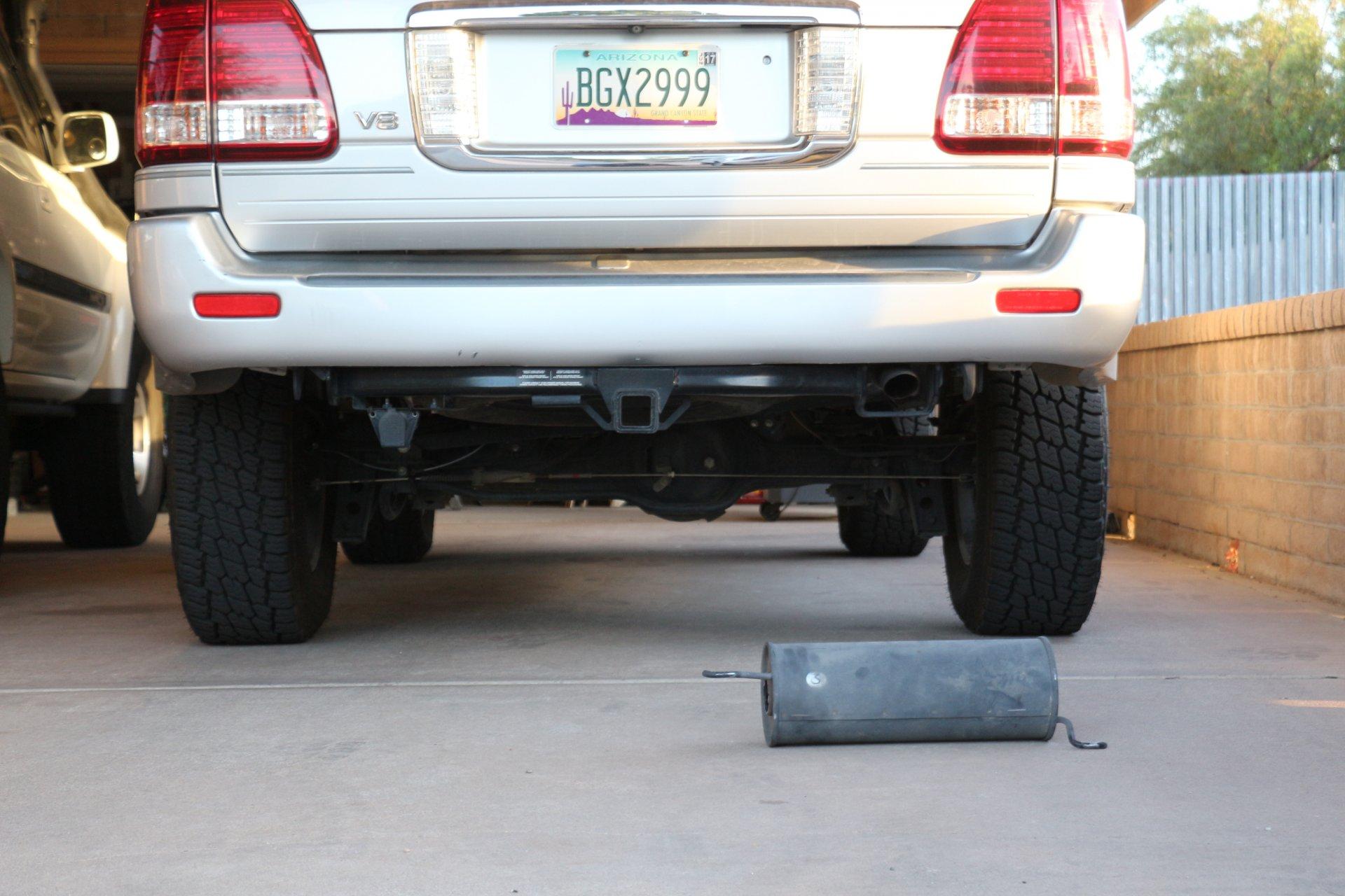Exhaust Muffler Assembly-Direct-fit Rear Bosal fits 91-92 Toyota Land Cruiser