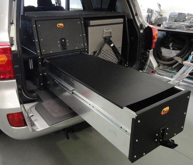 V127-LC200-Combo-drawer-system-2.jpg