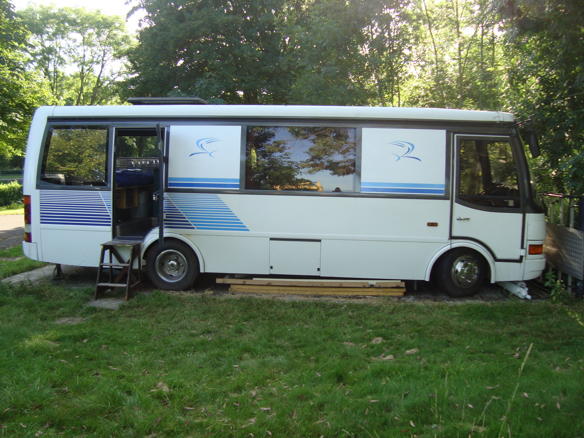 1998 Toyota Coaster Bb50 Electrical Service Manual Needed