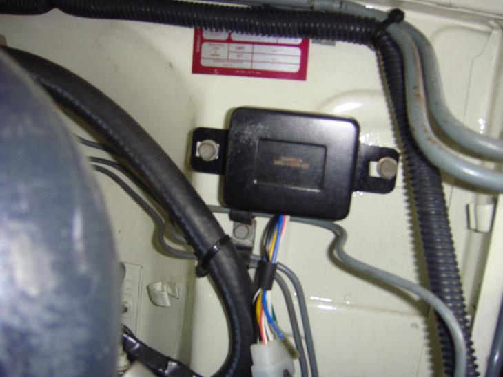 VoltRegIN551.jpg & Bad external voltage regulator? 1982 3B | IH8MUD Forum