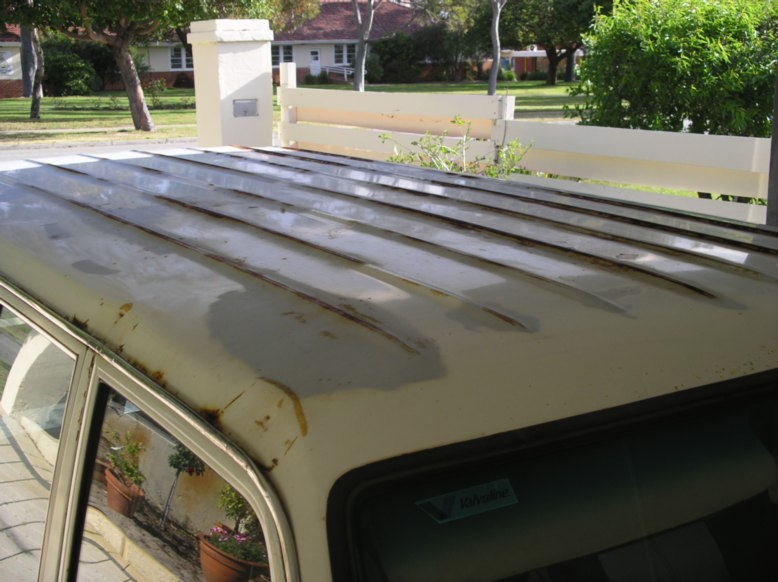 whole roof rust small.jpg