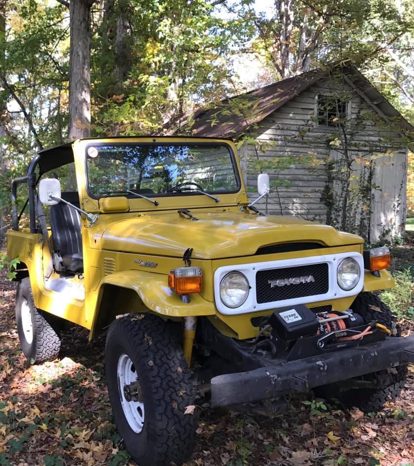 Yellow FJ40 2.jpg
