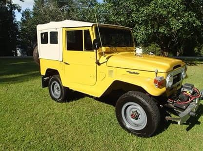 Yellow FJ40 3.jpg
